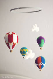 how to make a hot air balloon mobile with felt tutorial and pattern nursery