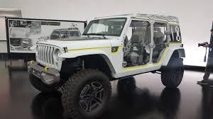 2018 jeep jlu. fine 2018 the 2018 wrangler referenced as the jljlu 2 door4 door models is  expected to be debuted at 2017 los angeles auto show in november in jeep jlu