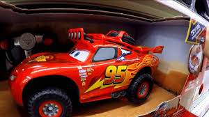 disney pixar cars toys off road racin r c lightning mcqueen toys r us toy hunting ep 3 you