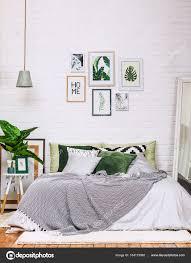 Schlafzimmer Innenraum Haus Stil Muster Weiß Grün Stockfoto