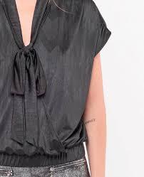 Hilda Black T-Shirt : Tee Shirt et prêt à porter Women : Le Temps des  Cerises