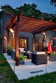 outdoor living decor. modern outdoor living room under a pergola decor e