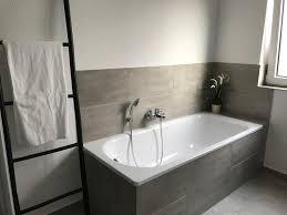 Graue Fliesen Fürs Badezimmer 61 Bilder Die Sie Beeindrucken For