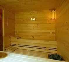 hotel sauna bathtub