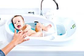 best newborn bathtub best baby bathtub for newborn great pictures 2 4moms bathtub newborn insert newborn