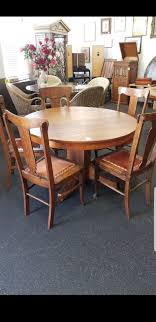 48 round classic oak vintage dining table with 5 free chairs furniture in la mesa ca offerup