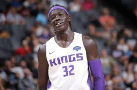 The Sacramento Kings should sign Wenyen Gabriel