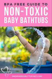 looking for a more eco friendly baby bathtub these 5 non toxic baby bathtubs