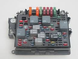 amazon com 03 04 05 06 07 hummer h2 fuse box car electronics