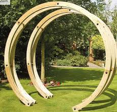 if you re looking for a nice wooden arch for your garden you may be surprised by the wide choice available they come in various diffe shapes and sizes