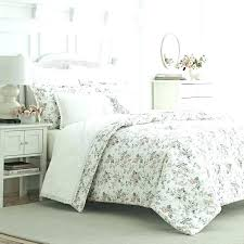 laura ashley quilt sets bedspreads comforter a quilt sets bedding discontinued laura