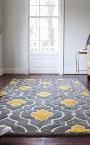 nice grey and yellow rug
