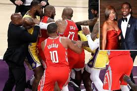 She is best known for her role as mona in the first two seasons of the usa network's drama, white collar. Rajon Rondo S Girlfriend Shoves Chris Paul S Wife Restrained By Security Urbanspotlite