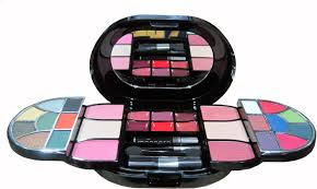 lakme s sheer indulgence makeup kit