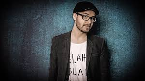 In that context, i found the following algorithm works beautifully: Mark Forster Music Tunefind
