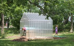 denise dipiazzo of red trike studios built a icy cool house bisected by a tunnel