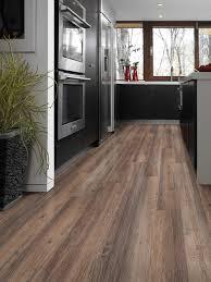 disadvanes of vinyl flooring