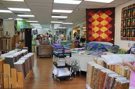 Quilt Lover's Hangout-Ft. Myers, FL - Peas In A Pod & Here is the shop when you walk in and look a little to the right. A pretty  fabulous collection of batiks to my right. You can't see most of it in this  ... Adamdwight.com