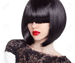 ファッション ボブのヘアカット髪型長いフリンジ短い髪のスタイル