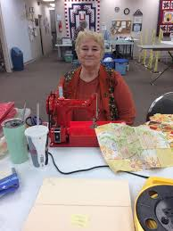 Ozarks Quilters Piece Together A Strong Tradition | KSMU Radio & Ozark Piecemakers Quilt Guild President Judy Glover With Her 1957 Singer  Featherweight Sewing Machine Adamdwight.com