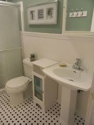 The Memorable Wainscoting Bathroom — Decor Trends