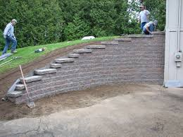 best 25 concrete block retaining wall ideas on block retaining wall