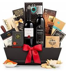 Wine Baskets: Christmas on 5th Avenue