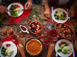 Stay Mindful With 4 Tips For Holiday Eating