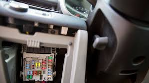 how to change car fuses angie's list How To Fix A Fuse Box In A Car car fuse box changing how to fix a fuse box in a car