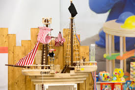 31 piece wooden pirate ship from alegler