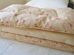 63 best Eiderdowns images on Pinterest | Home, Cushions and Dreams & Pink Paisley & Peachy Cream Eiderdown Comforter by belindadavies Adamdwight.com