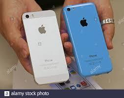 Apple iPhone 5C (R ...