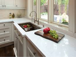granite and quartz counter tops are very popular but what is the best option for you if you are looking at the beautiful homes for in upatoi