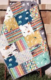 Best 25+ Fat quarter quilt ideas on Pinterest   Quilt sizes, Fat ... & Best 25+ Fat quarter quilt ideas on Pinterest   Quilt sizes, Fat quarters  and How many squares in a quilt Adamdwight.com