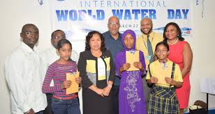 world water day essay winners receive prizes chronicle the winners of the essay competition flanked