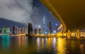 Dubai erzeugt künstlichen Regen mit Drohnen zur Bekämpfung der  122-Grad-Hitze