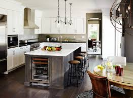 Kitchen Island Transitional Living Room With Wall Sconce Built In - Home interiors in