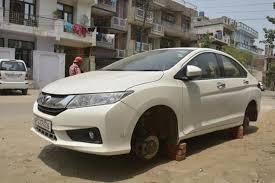 garden city honda. The Tyres Of A Honda City Sedan (above) Were Stolen From Shalimar Garden On H