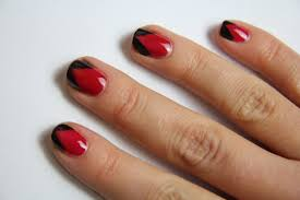 simple red and black nail art | Trendy Mods.Com
