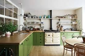 Después De Ver Conjuntos De Cocinas Rojas, Marrones, Negras, Blancas Y  Anaranjadas, Aquí Tiene Un Artículo Dedicado Exclusivamente A Las Cocinas  Verdes.