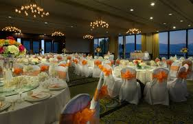 buying tablecloths why it is advisable to buy wholesale clehven where14