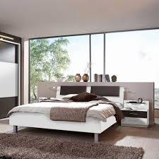 Schlafzimmer Braun Weiß Soigniert Schräge Wände Gestalten Best