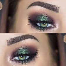 halo eye makeup effect