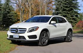 Explore the gla 250 4matic suv, including specifications, key features, packages and more. Suv Review 2016 Mercedes Benz Gla 250 4matic Driving