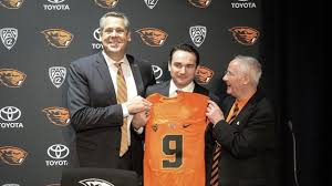 Oregon State alum Jonathan Smith confident he can turn Beavers into  something special at 'dream job' - YouTube