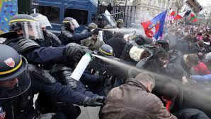 Возле Министерства образования сломали ворота. Переговоры продолжаются - Цензор.НЕТ 4731