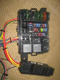 relay box there was only one part i couldn t get which hold two additional maxi fuses there are 10 relays and 26 fuses