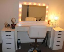 Where Can I Buy A Makeup Vanity Table With Lights 20 Vanity Mirror With Lights Ideas Diy Or Buy For Amour