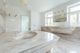 Design Von Antiken Stil Badezimmer Mit Großen Marmor Bad Lizenzfreie