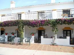 Globales Cortijo Blanco: balcony/terrace of ground floor larger rooms